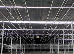 7680 m2 alapterületű fóliaházba sötétítő energiaernyő rendszerünk